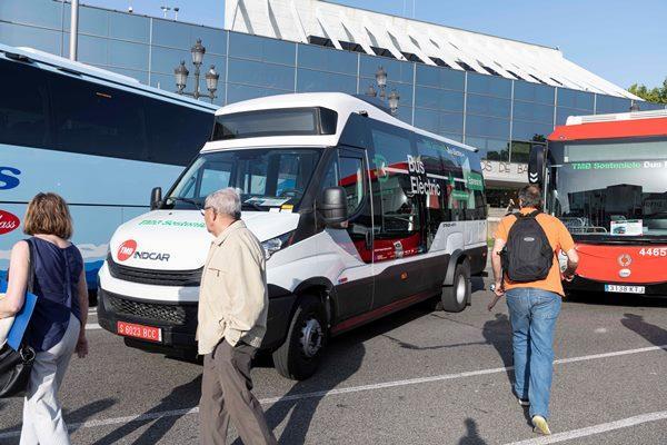 El vehículo eléctrico Strada e-City se presentó durante el Rally de Autobuses Clásicos de Barcelona